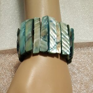 Jewelry - Abalone stretch bracelet